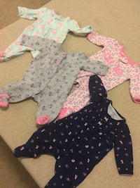 baby's four assorted footies Mississauga, L5V 2V7