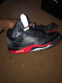 Size 10 Jorden 5's black n red reflective tongue