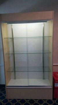 Large Lighted Display Case Virginia Beach, 23452