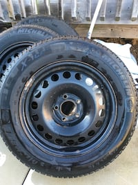 215/60R16 Michelin x-ice winter tires and rims Courtice