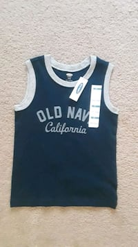 T-shirt kids size 5t, brand new.  2229 mi