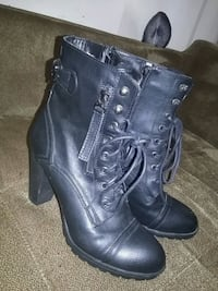 Radar size 9 womens leather heel boots Surrey, V3T 4Z6