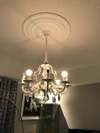 white and gray uplight chandelier Mississauga, L5W