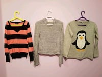 Sweaters size Small Toronto, M9N 3G4