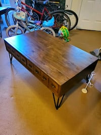 Coffee table with two side tables. Arlington, 22209