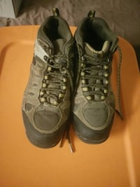 Men's size 8.5 shoes