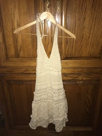 Beige crotchet Victoria secret dress in xsmall Wayne, 07470