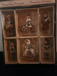 Vintage Christmas Ornament Set Newmarket, L3Y 4Z4