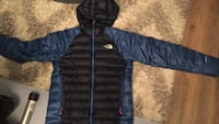 Brand new North face down jacket size m Calgary, T2T 0L3
