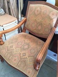 2 chairs.  No rips, stains or smells Centreville, 20120