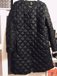 Women 's ultra light down jacket .XL