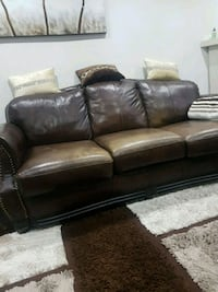 brown leather 3-seat sofa Mississauga, L4T 4G8