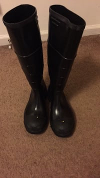 pair of black leather boots Savannah, 31419