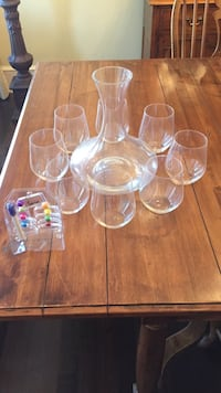 Wine decanter, 8 wine glasses, 8 glass label North Vancouver, V7R 3W8