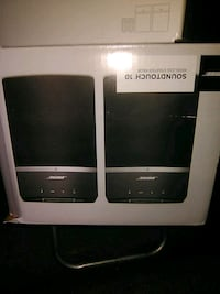 Bose soundtouch 10 (2 pairs) Surrey, V3T 1T7