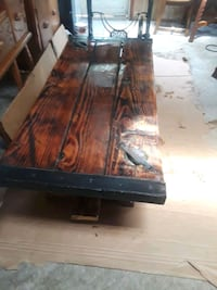 Hatch cover table