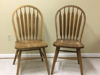 two brown wooden windsor chairs Columbia, 21046