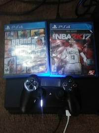 Sony PS4 console with controller and game cases Las Vegas, 89101