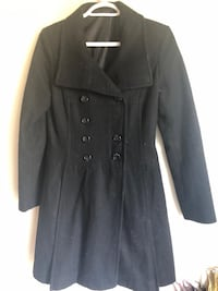 Black button-up long-sleeved jacket 537 km