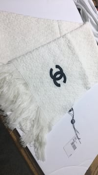 chanel scarf  Germantown, 20874