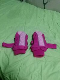 Girl's Children's Place Mittens 6-12 Months Barrie, L4N 5B1