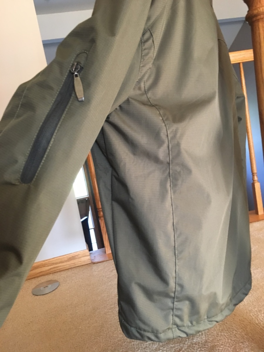 Men's small chaps brand coat new with tags - United States