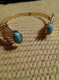 brown and blue pendant necklace Rossville, 30741
