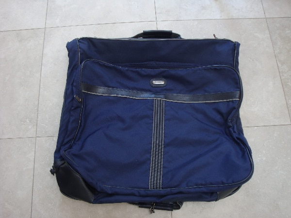 Carry On travel Garment Bag, Foldable .