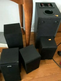 KLH speakers  5 of them Queens, 11362