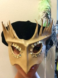Leather hand-sculpted mask 2349 mi