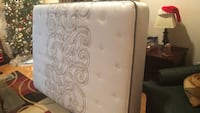 Full Size Mattress and Box Spring - white and gray floral mattress Fairfax, 22032