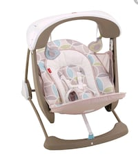 Baby swing/Fisher-Price Deluxe Take-Along Swing and seat  Woodbridge, 22192