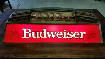 Budweiser Clydesdale horse pool table light
