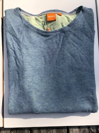 gray scoop-neck long-sleeved shirt Vancouver, V5L 1W9