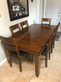 Kitchen Table with Chairs (6) Edmonton, T5P 4E3
