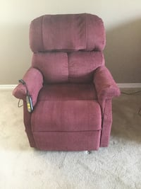 Pride mobility recliner lift chair  Kitchener, N2M 1K7