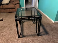 Set of 2 glass end tables Brick, 08724