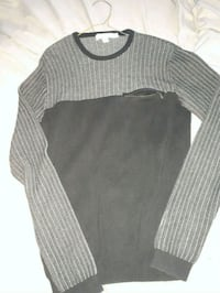gray and black crew-neck long-sleeved shirt Edmonton, T6X 0C7