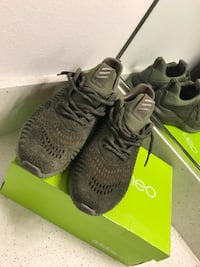 exclusive Sz 8  adidas yeezy boost 350 v2 with box Los Angeles, 90012
