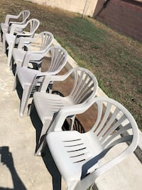 6 chairs $25 firm if gone by this weekend  Norwalk, 90650