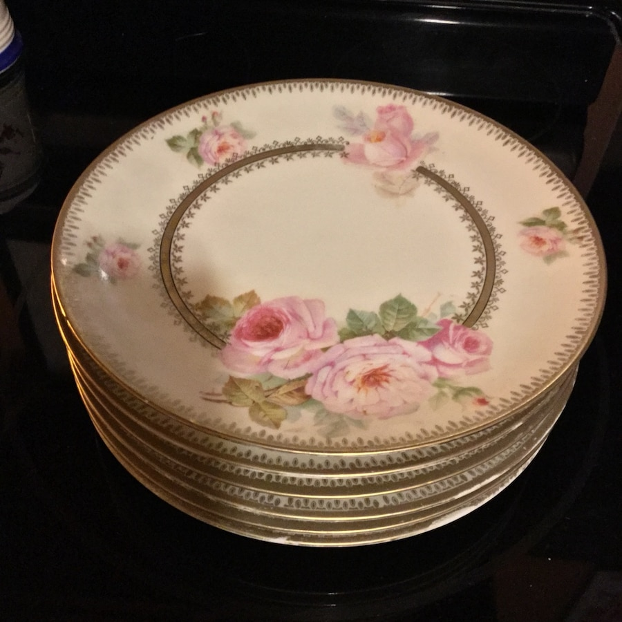 Used Balveria dinner plates in Brookhaven & Used Balveria dinner plates in Brookhaven - letgo