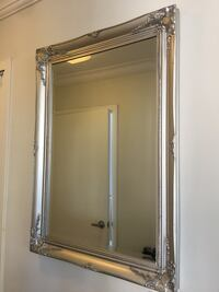 Moving out sale - Wall mirror buy in London New York, 10019