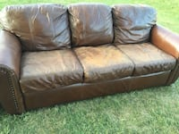 Brown leather couch  Menomonee Falls, 53051