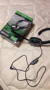 Xbox Afterglow Lvl 1 chat headset with box Omaha, 68136
