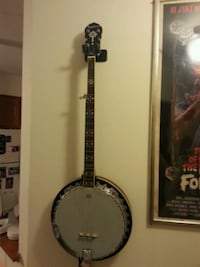 5 string banjo with case Halifax, B3L 1Z9