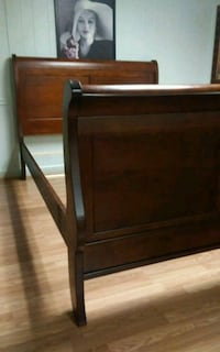 Queen Sleight Bed. Read ad! Statesville, 28625