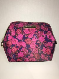 Betsey Johnson Floral Cosmetic Bag  Milton, L9T 4K1