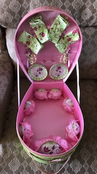 baby's pink and green bouncer Bakersfield, 93314