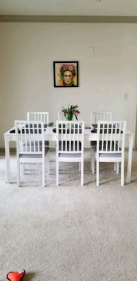 Table w/ 6 chairs Odenton, 21113