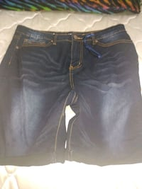 A pair of dark denim shorts size 14 Scranton, 18510